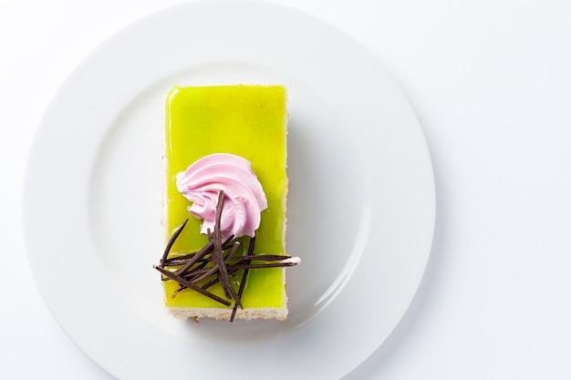 レモンとチョコレートケーキのデザート