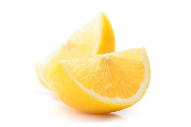 흰색 바탕에 레몬 과일