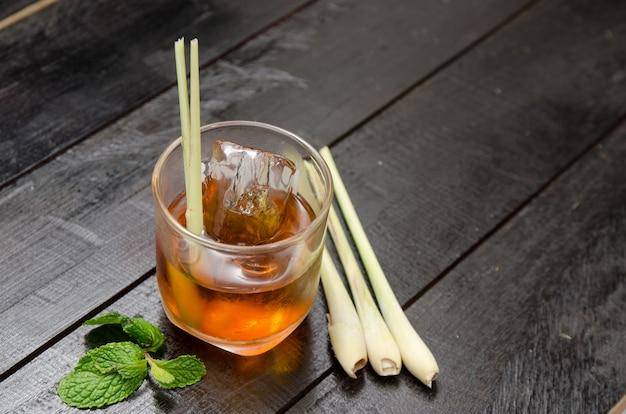 Lemon grass iced tea