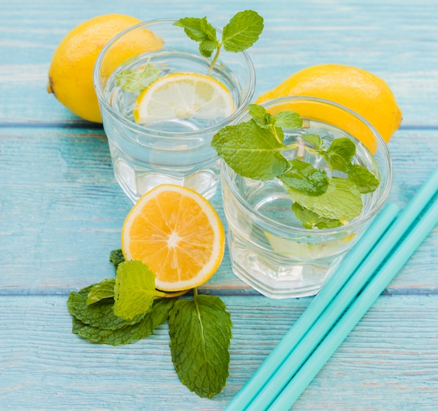 Lemon mint beverage and straws