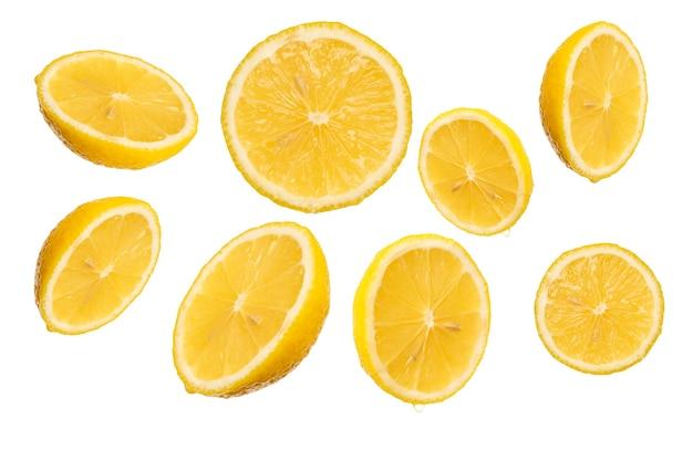 Ломтик лимона, изолированные на белом фоне