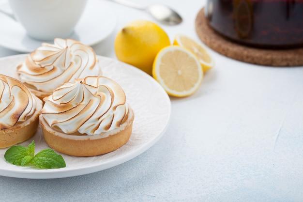 Lemon tartlets with meringue.
