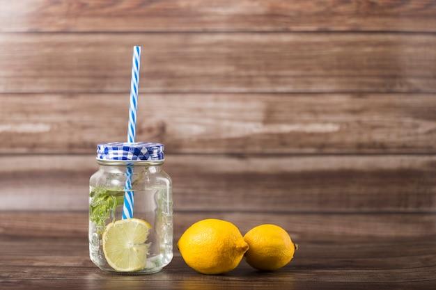 Лимонад в банке