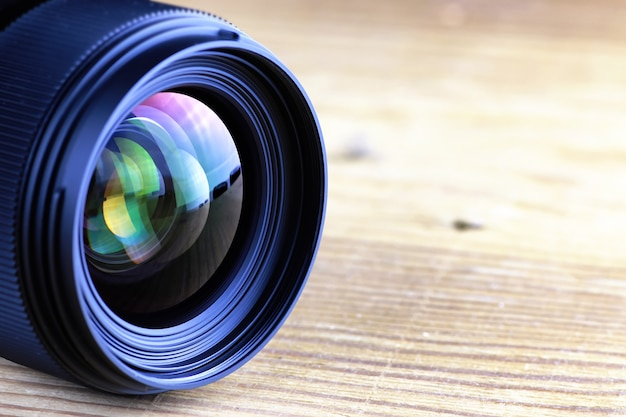 Lens with color reflection photo