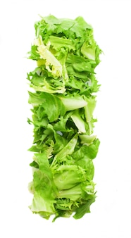 Lettera i con deliziosa insalata