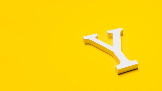 Copyspace와 바닥에 편지 y