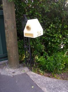 Letterbox creamy brass