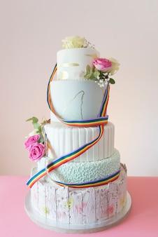 ケーキの結婚式lgbt