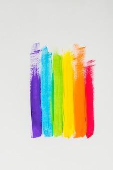 カラフルなlgbtカラーの染料ストローク