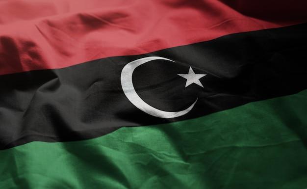 リビアの国旗のしわくちゃのクローズアップ