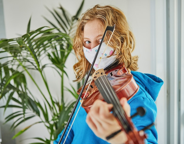 Life in quarantine coronavirus: games and activities for the kids at home during quarantine covid-19