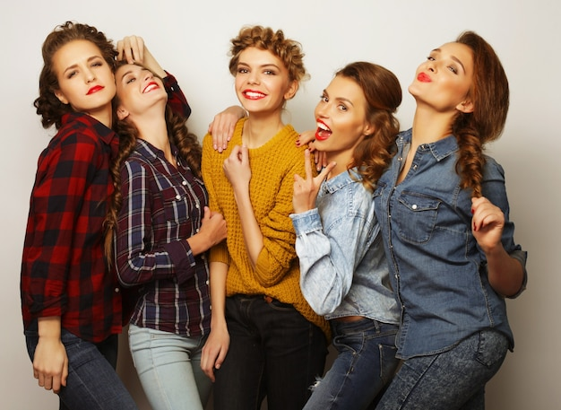 Life style and people concept: group of five girls friends, casual style