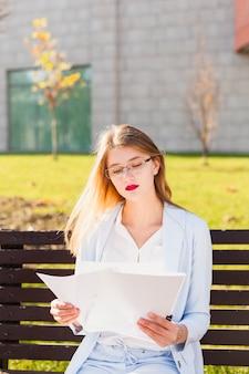 Lifestyle portrait of businesswoman