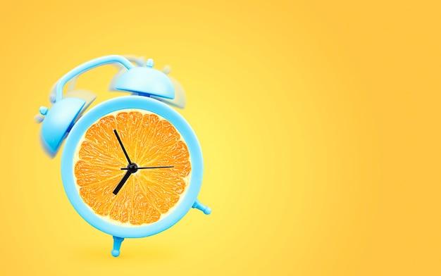 노란색 배경에 주황색이 있는 밝은 파란색 알람 시계. 여름 판매 개념