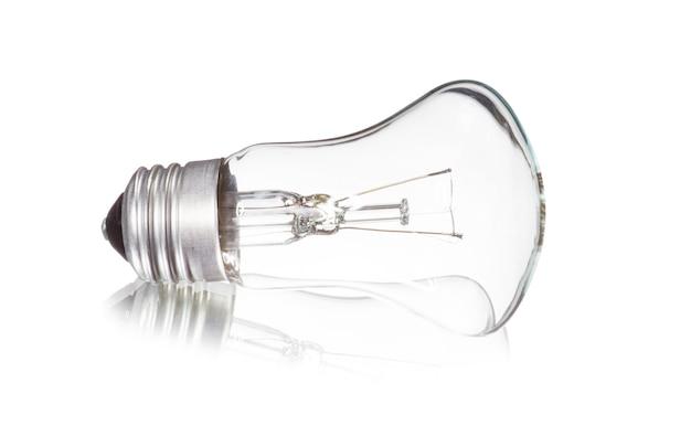 Лампочка, изолированные на белом фоне