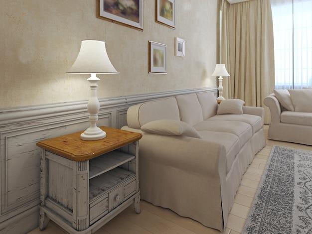 석고 및 몰딩 벽과 골동품 커피 테이블 및 소파가있는 베이지 색상의 밝은 인테리어.