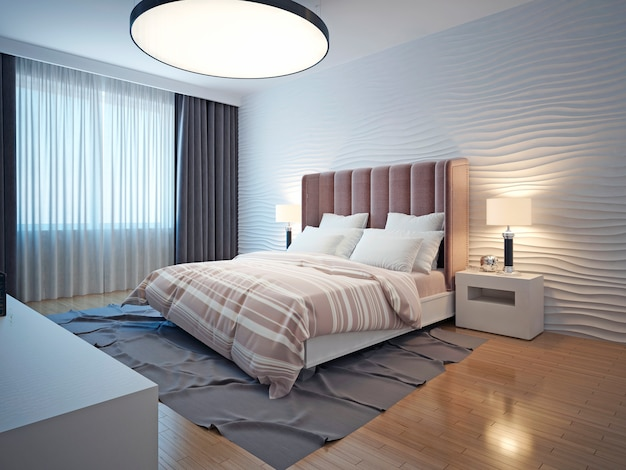 Современный интерьер спальни в светлых тонах с коричневым деревянным полом и прикроватной тумбочкой, серым ковром и волнистыми гипсовыми стенами.