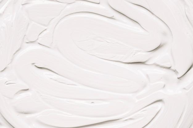 Легкая белая краска в штрихах