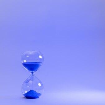 Зажигая песочные часы Premium Фотографии