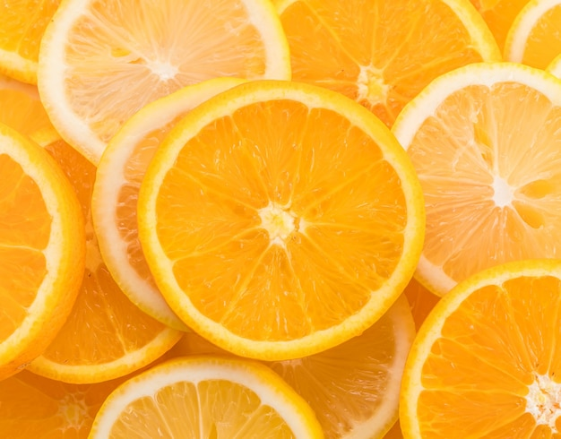 라임, 레몬, 오렌지 슬라이스