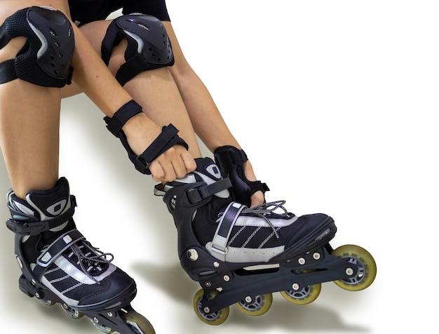 Роликовые коньки line наколенники и защита рук экстремальный вид спорта