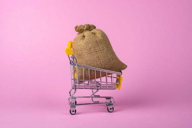 쇼핑 트롤리의 리넨 가방