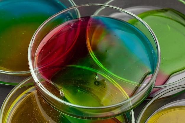 산소 거품이있는 액체 아트 네온