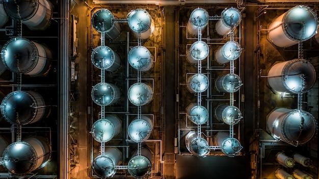 액체 화학 탱크 터미널, 액체 화학 및 석유 화학 제품 탱크 저장