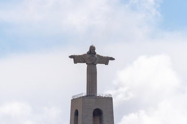 リスボン、ポルトガル2019年4月18日:リスボン、ポルトガルのイエス・キリストの像