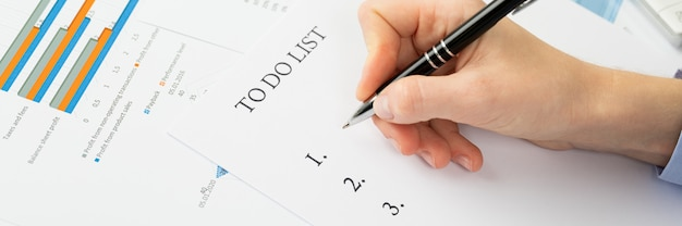 To do list concept, documents on the desktop