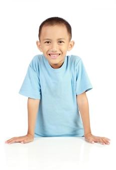 小さな男の子の肖像画