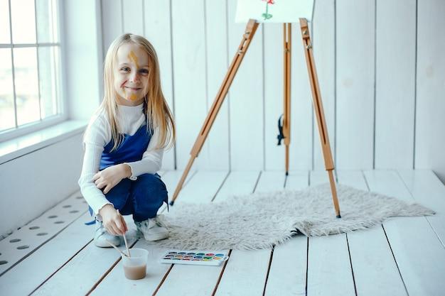 Little girl drewing
