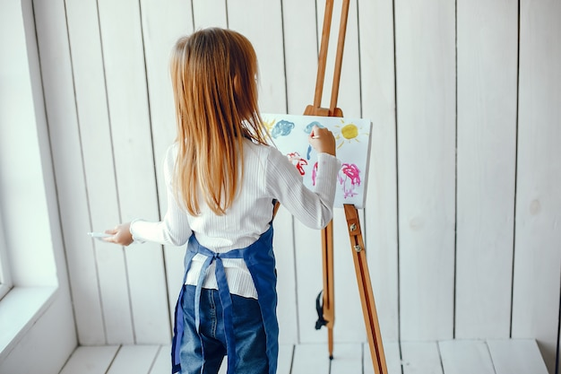 Little girl drewing