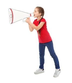 흰색 종이 확성기로 외치는 어린 소녀