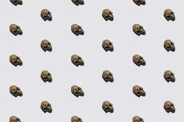 Little jewelry skulls laid in order