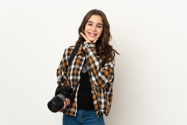 행복 하 고 웃 고 배경에 고립 된 작은 사진 소녀