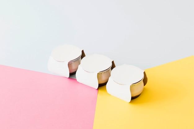 Little pots on bright board