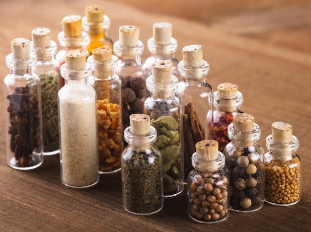 Сувенирные бутылочки со специями
