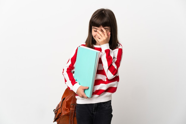 Маленькая девочка студента, изолированные на белом фоне смеясь