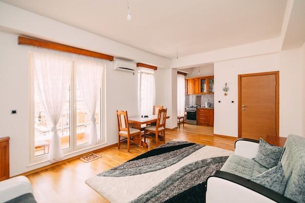 Гостиная в квартире или в гостиничном номере
