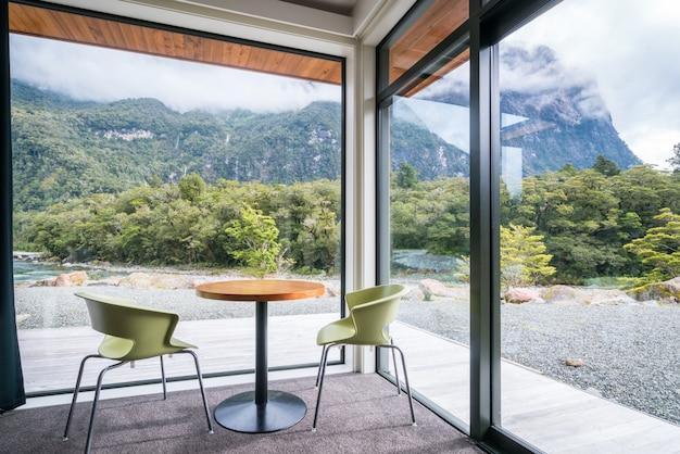 Дизайн интерьера гостиной или ресторана