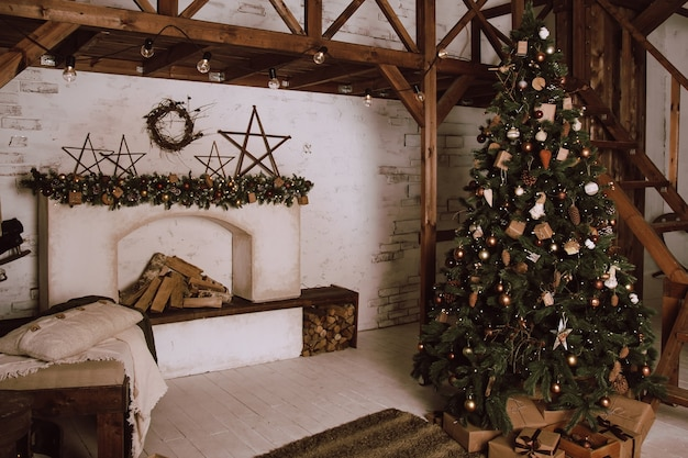 Living room in scandinavian style with a christmas decor. holiday wall. new year's decorations.