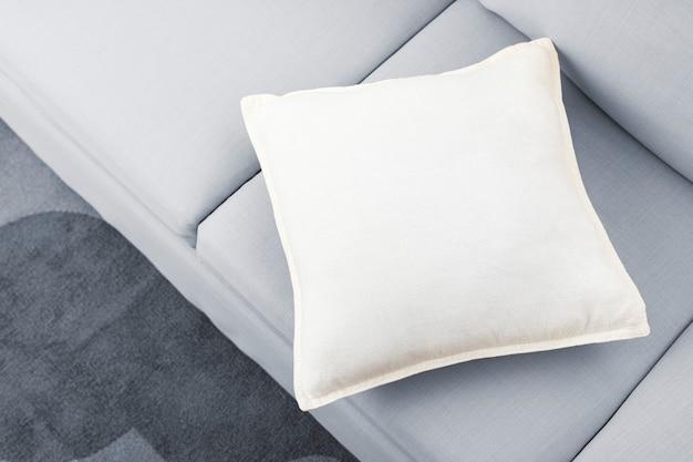 Подушка для дивана в гостиной, простой дизайн интерьера