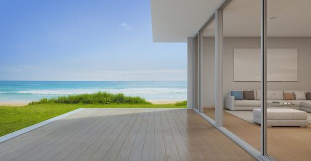 現代的な高級浜の家の空のテラスのあるリビングルーム