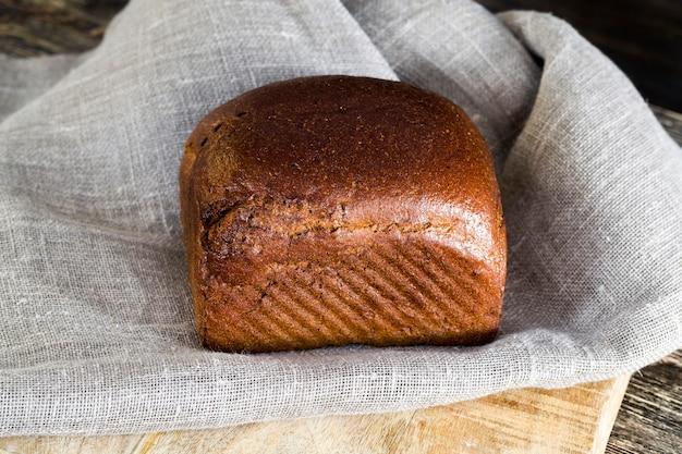 一斤のパン