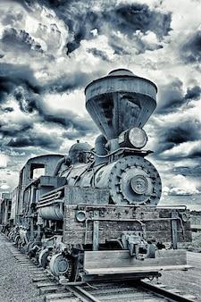 劇的な空の機関車第5号