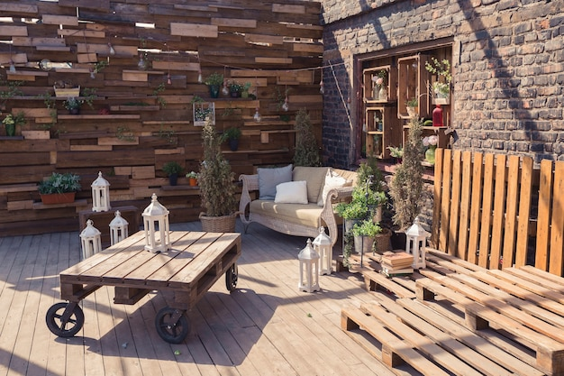 베란다의 로프트 정원 디자인