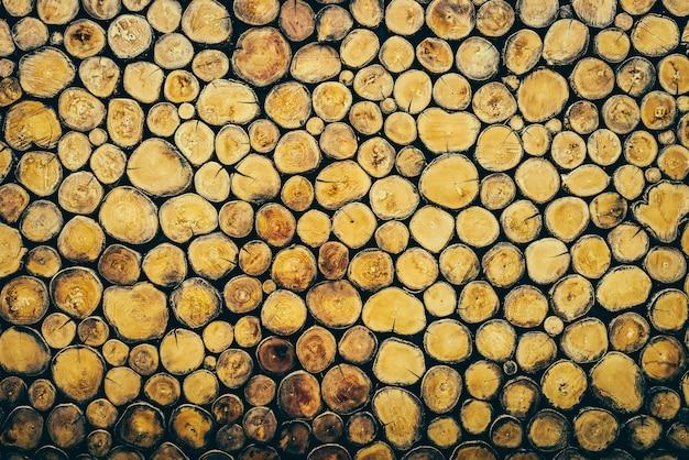 Вход древесины