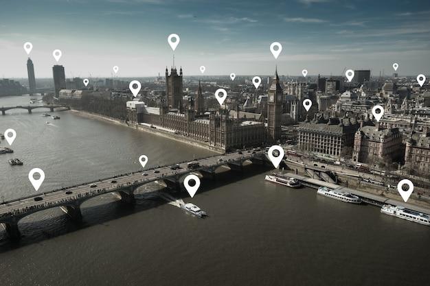 ネットワークと未来のコンセプトのためのロンドンと首都圏euヨーロッパオフィスビル