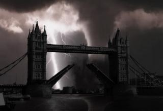 London bridge manipulation